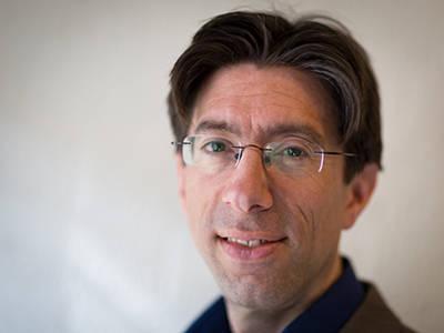Interview René Bekkers: De gever als pinautomaat is echt passé