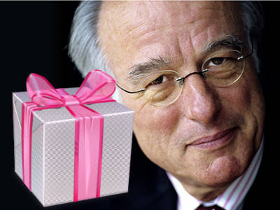 Passend cadeau van Haagse vermogensfondsen voor vertrekkend burgervader Van Artsen